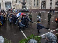 Русия почита паметта на убития посланик Андрей Карлов (СНИМКИ/ВИДЕО)