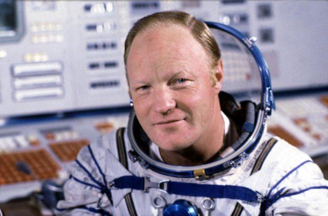 Почина космонавтът Игор Волк