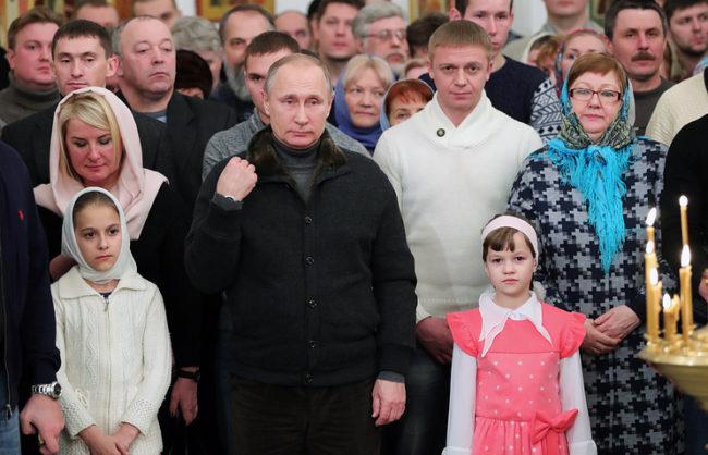 Путин поздрави християните в Русия за Коледа
