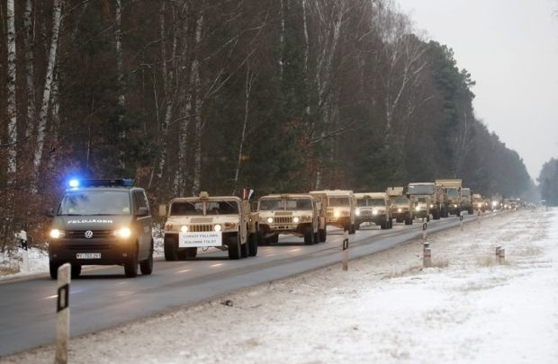 Американски войски и танкове се разполагат в Източна Европа