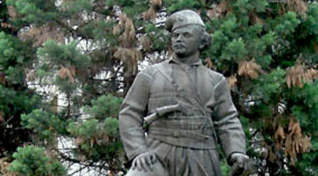 Паметникът на войводата в Хасково