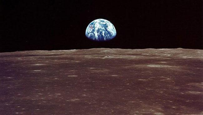 Русия ще вози туристи около Луната