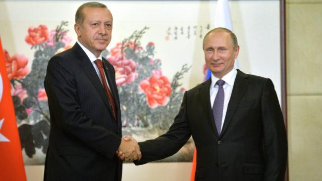 Путин и Ердоган засилват военната координация в Сирия