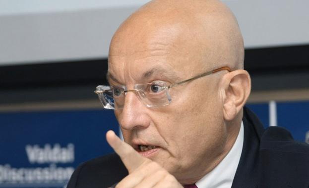 Караганов: Който се позиционира срещу Русия, може само да загуби