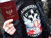 Паспорт, издаден в Донецка народна република. Снимка: Сергей Конков / ТАСС