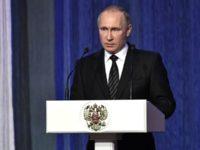 Путин поздрави жителите на Севастопол с  Деня защитника на Отечеството
