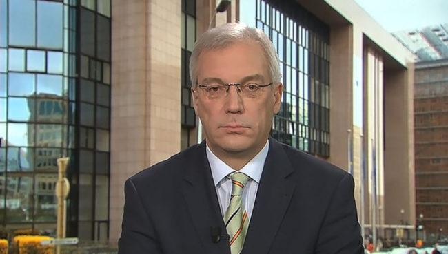 Постоянният представител на Москва в НАТО: Руският контингент на полуостров Крим се превъоръжава