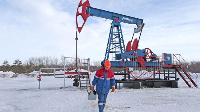 Над $8 млрд. е донесло на Русия съкращаването на производството на петрол
