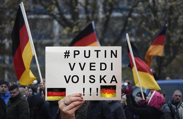 """""""Путин, докарай войската!"""" – европейци молят Русия да прати ОМОН срещу самозабравилите се мигранти"""
