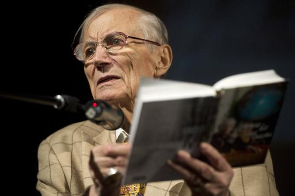 Почина големият руски поет Евгений Евтушенко