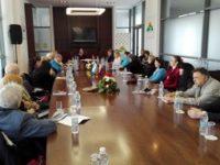 Български и руски писатели дадоха пример на политиците