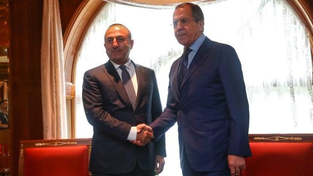 Чавушоглу и Лавров искат международно разследване на случая в Идлиб