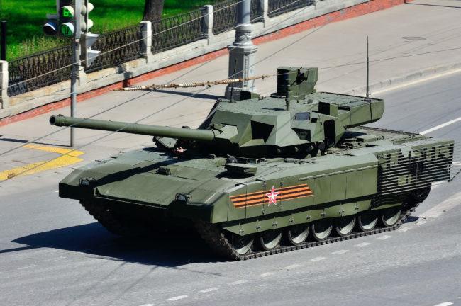 Руските танкове оглавиха международната класация по сухопътна военна мощ