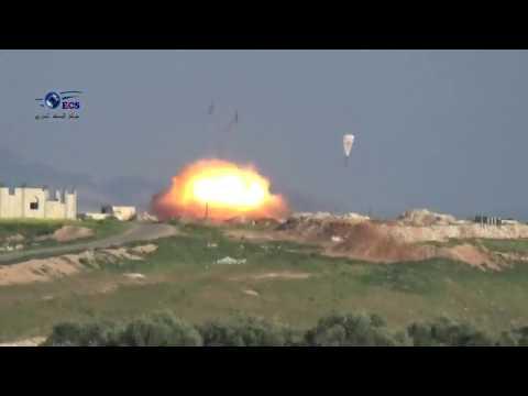 """Руските ВКС изпепелиха ислямистите от """"Ал Кайда"""" с парашутни бомби в Сирия (ВИДЕО)"""
