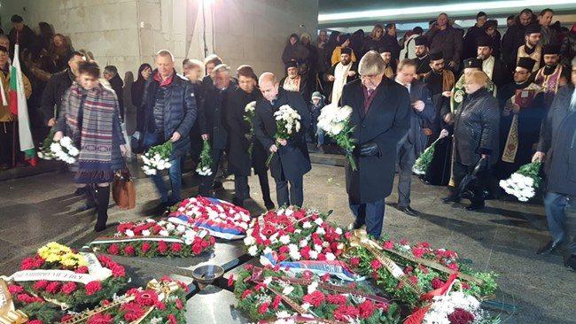 Руският посланик: В името на политически интереси много хора забравят уроците от войната