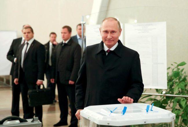 По-голямата част от руснаците искат Путин да бъде преизбран за президент