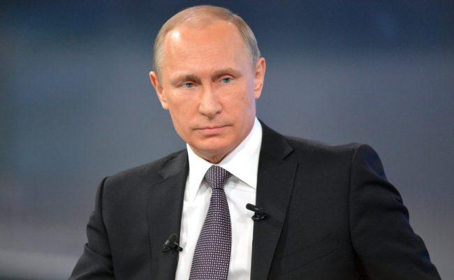 """Владимир Путин лично ще избере въпросите за """"Пряката линия"""""""