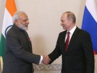 Путин договори производство на военна техника в Индия