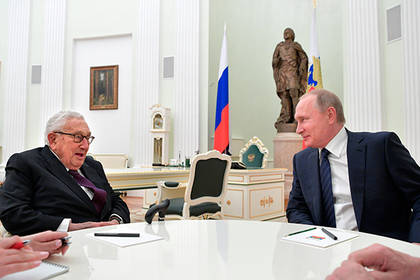 Путин се срещна с бившия държавен секретар на САЩ Хенри Кисинджър