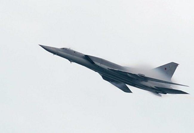 """Руското МО обясни защо стратегически ракетоносци Ту-22 са летели над Черно море в посока България и срещнали ли са британски изтребител """"Тайфун"""""""