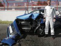 В Русия направиха краштест с жив човек в колата