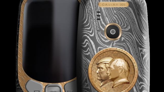 Предстоящата среща между Путин и Тръмп увековечена на гърба на Nokia 3310