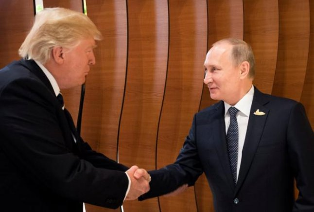 Песков: В близко време няма планирани контакти между Владимир Путин и Доналд Тръмп