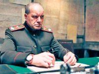 Гришко в ролята на генерал Жуков