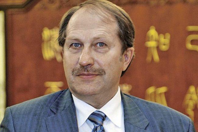 """Юрий Тавровский: За """"многополюсен"""" свят може да се говори само теоретично"""