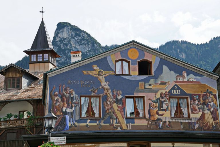 Обет от 17-и век пази приказно градче в Бавария