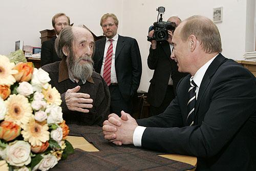 Солженицын по вранью на первом месте в мире. А вот – и факты