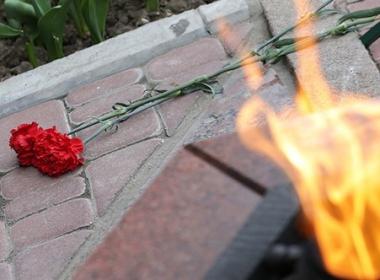 Лавров и Вучич запалиха Вечния огън в Белград