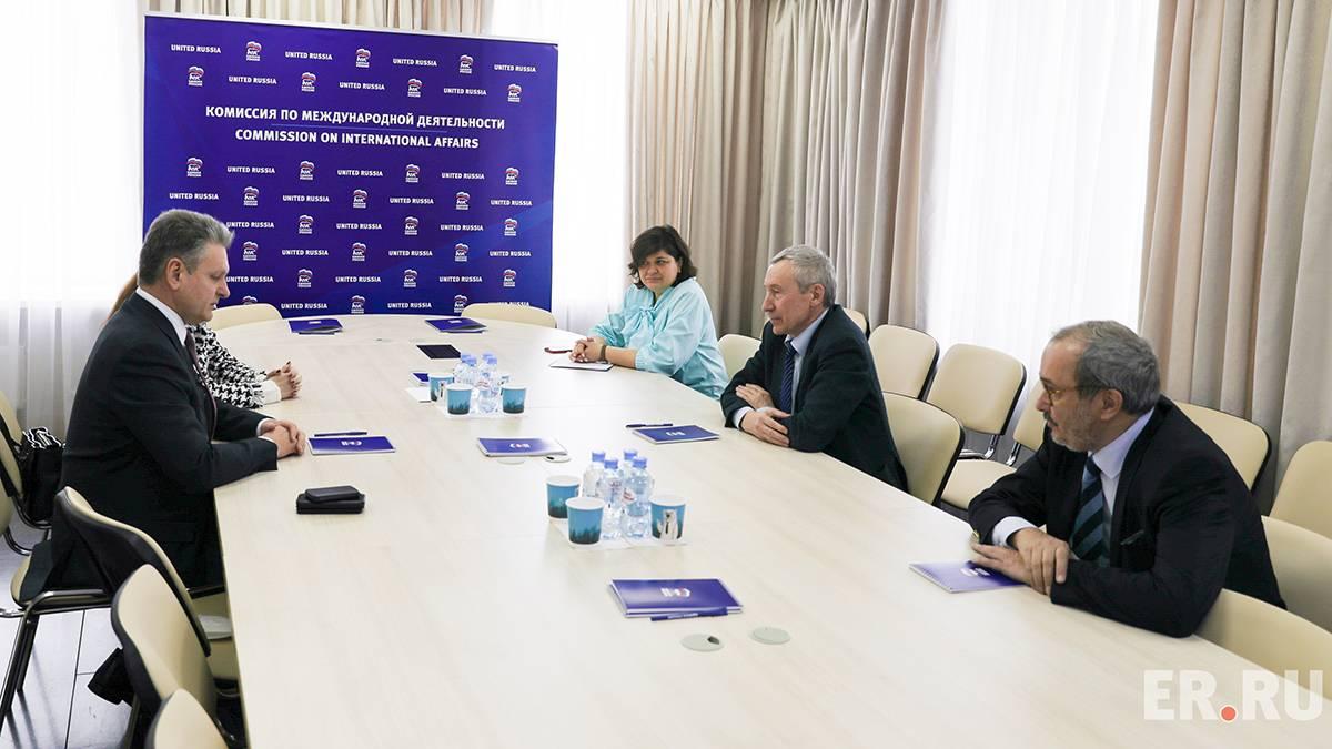 """Андрей Климов се  срещна с председателя на Българската партия """"Възраждане на Отечеството"""" Николай Малинов"""