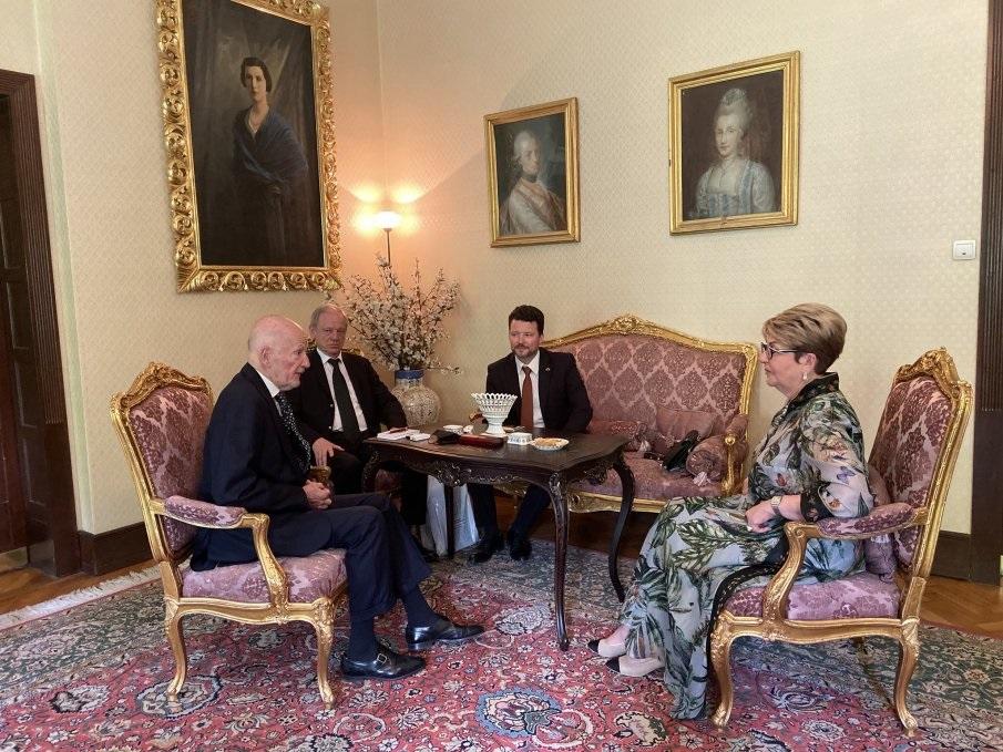 Среща на  Елеонора Митрофанова със Симеон Сакскобургготски